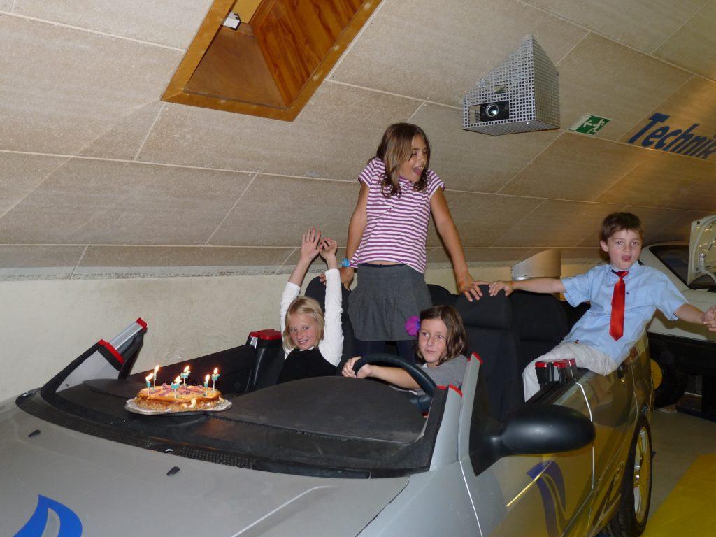 Das Auto wird auch bei Kindergeburtstagspartys ausgiebig genutzt. Foto: Kinder- und Jugendmuseum EnergieStadt